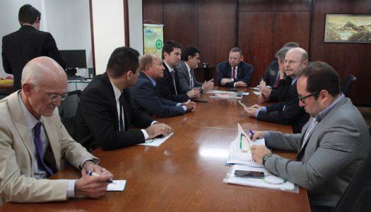 Setor leiteiro volta a cobrar solução para entrada de produto uruguaio