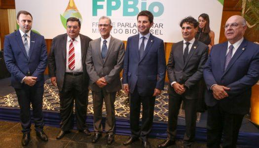 Ministro de Minas e Energia se reúne com setor de biocombustíveis em Passo Fundo (RS)